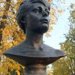 Могила Татьяны Самойловой 2