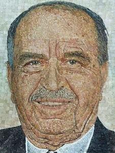 Портреты из микро мозаики на памятник