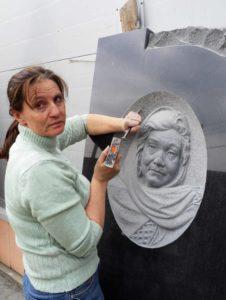 Барельефный портрет на памятник