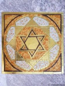 Мозаика на памятниках