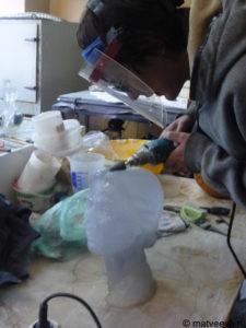 Изготовление бюста из стекла